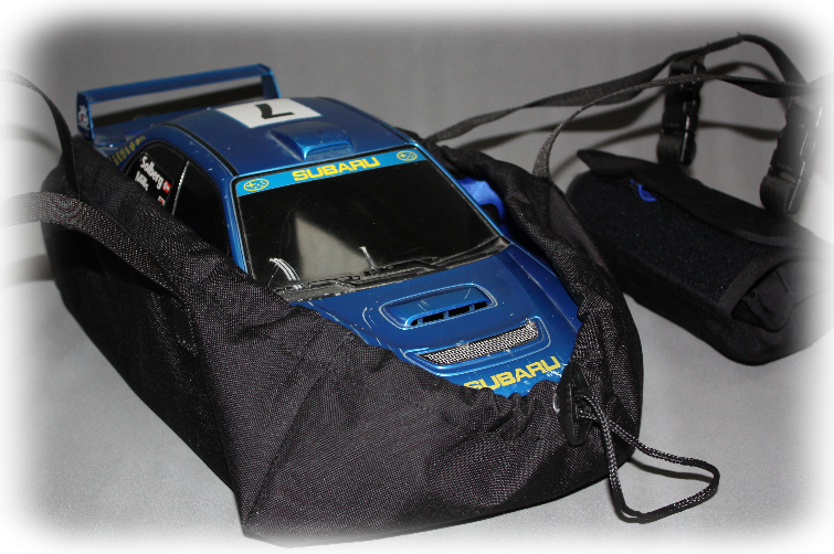 car carrier holds model securly and has clips for pouches